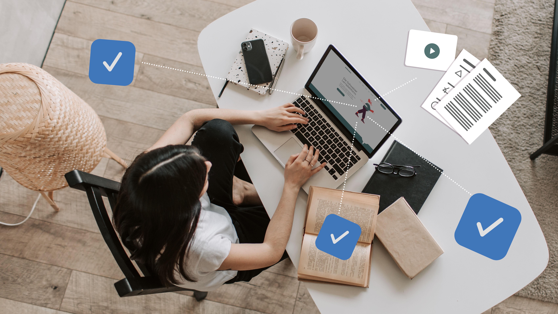 Symbolbild: 8 Vor- und Nachteile des Online-Unterrichts